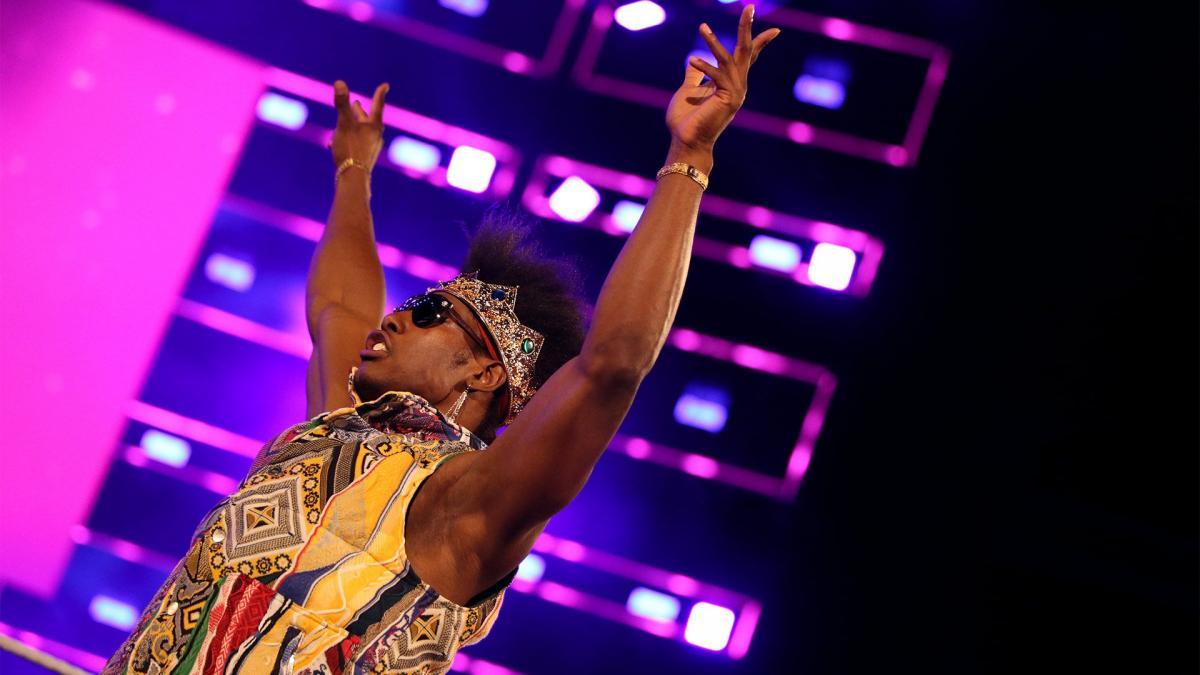 Fã foi banido no WWE ThunderDome após fazer alusão a #FireVelveteenDream