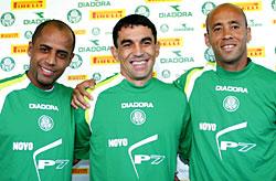 Convenhamos que a Copa de 2006 foi uma decepção para todos. O dentuço-1  estava gordo ba4cd680a88ee