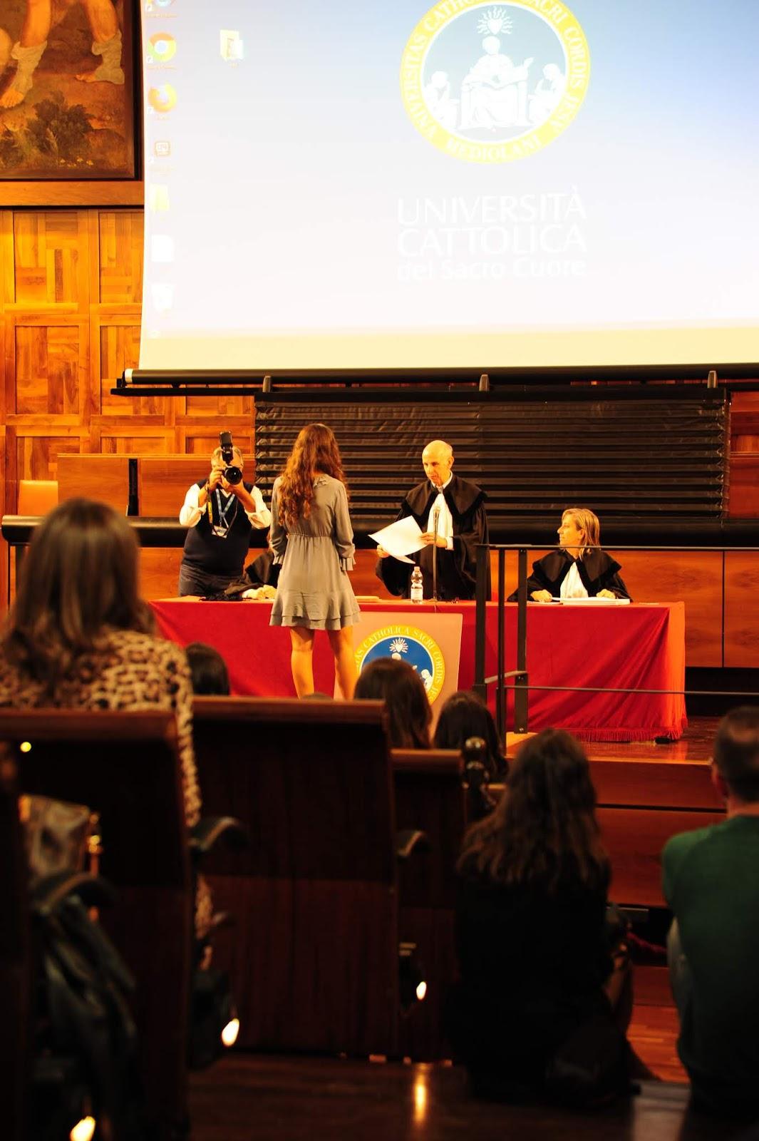 come vestirsi alla laurea, outfit perfetto laurea, come vestirsi laurea, vestito laurea, fashion need, Valentina Rago