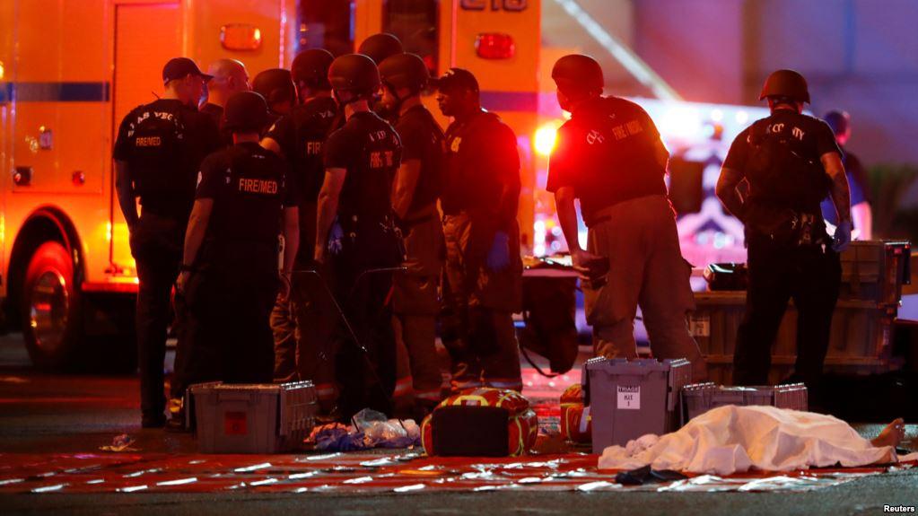 El asesino, que luego se suicidó, disparó desde el piso 32 de un edificio cercano al lugar del concierto