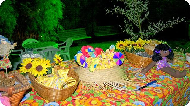 Decoração da Mesa da Festa Junina