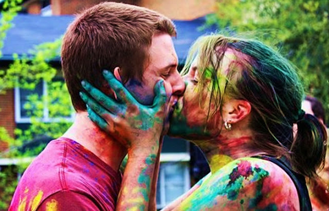 Happy Holi Romantic Images 2017