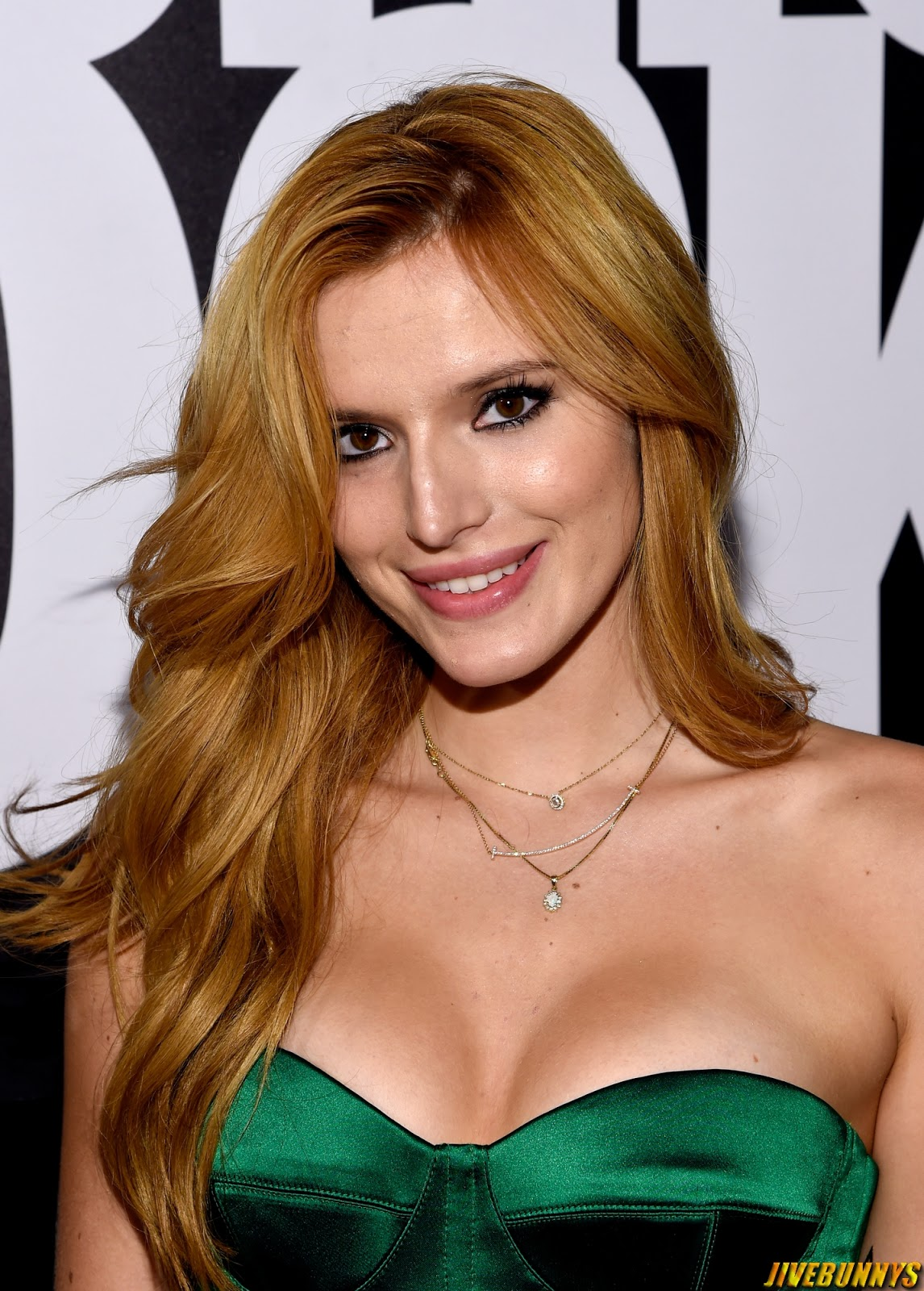 Bella Thorne - Fashion Rocks 2014 at the Barclays Center of Brooklyn - September 9, 2014