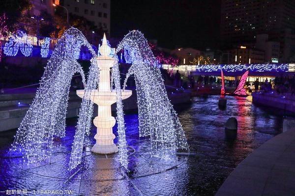 2018台中聖誕節活動,柳川水岸創意光景藝術展,水中聖誕樹,花之樹