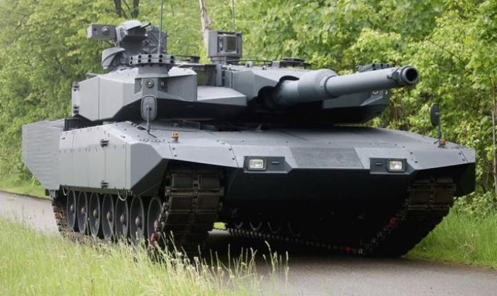 Tank Leopard Revolution
