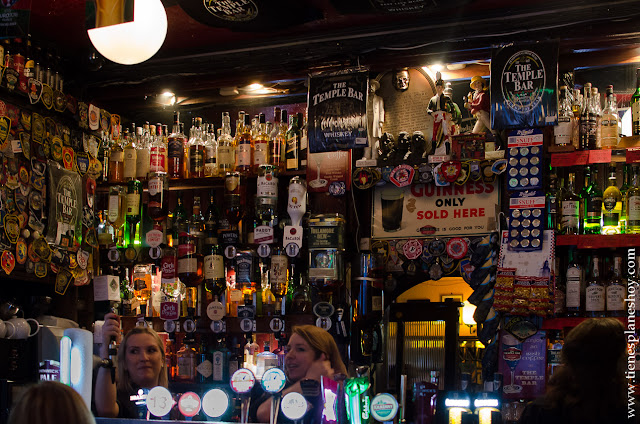 Interior pub Temple Bar Dublin Irlanda