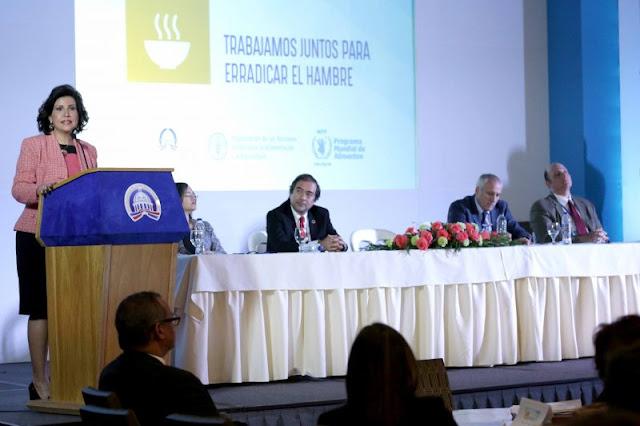 Vicepresidenta de (RD) ¨Margarita Cedeño¨ preocupada por el hambre en el Mundo