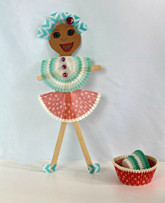 Paper doll art and craft easy crafts ideas to make for Art and craft with paper easy