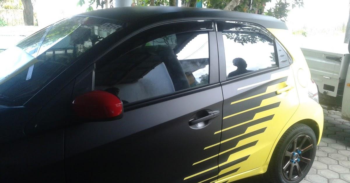 Gambar Cutting Sticker Mobil Kediri   Duniaotto