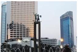 Monumen Patung Selamat Datang (Ikon Jakarta) Di Bundaran Hotel Indonesia