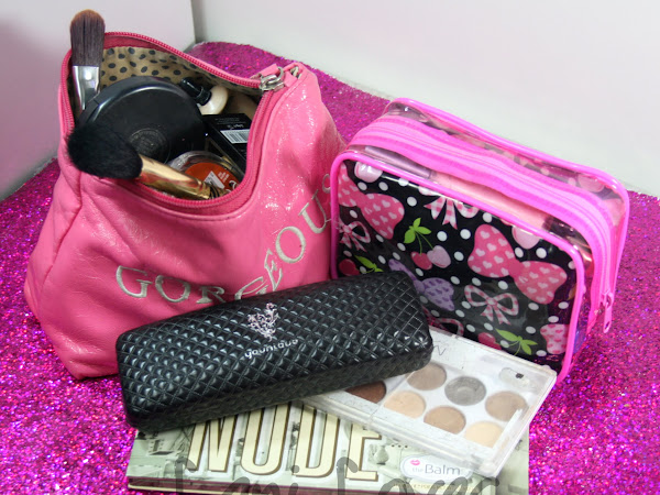"Requested: ""How Do You Even Blog?"" Makeup Bags, The Final Cut"