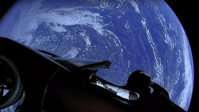 Els bacteris del Tesla en l'espai podrien realment espatllar un planeta?