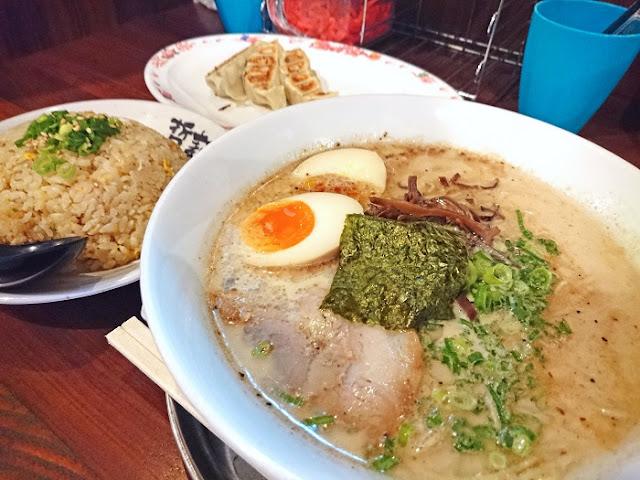 哲麺 縁 沖縄浦添店の写真