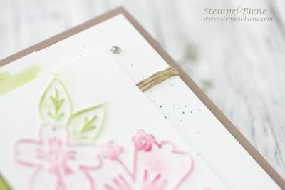 Stampinup Prägeform Bezaubernde Blüten; Incolor 2016-2018; Stampinup Frühlingsreigen; Stampinup Thinlits Wunderbar verwickelt; Geburtstagskarte; Prägeform einfärben, Stempel-Biene