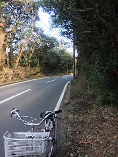 大島のきつい坂道
