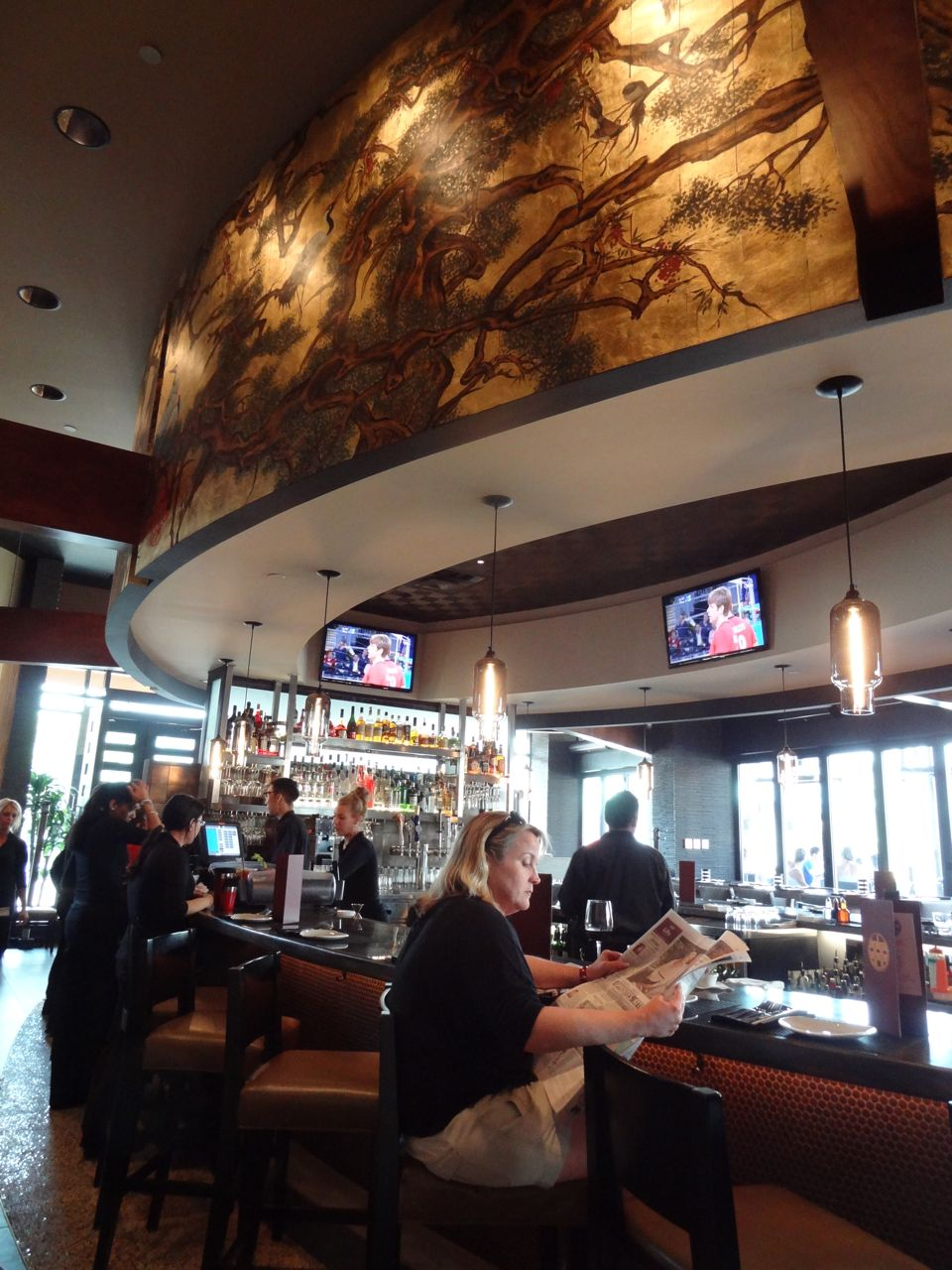 Scrumpdillyicious PF Changs China Bistro Opens in Toronto