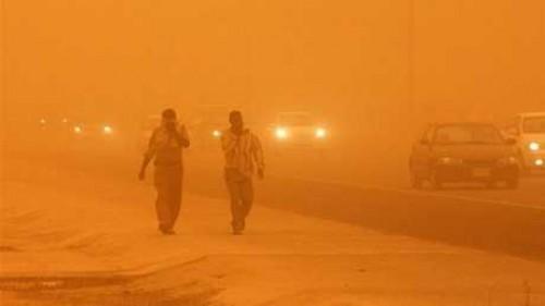 عاصفة ترابية شديدة تضرب شمال سيناء