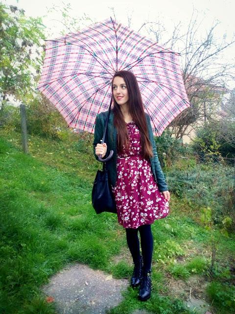dresslily recenzija, moje iskustvo s dresslily online trgovinom, pozitno iskustvo, dresslily odjeća, haljina, vintage, dresslily suradnja, dresslily outfit, stil, outfit za kišni dan, jesenski outfit,mohit, cropp, stradivarius jakna
