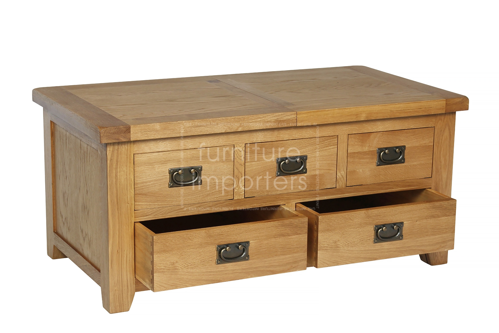 Coffee tables with storage drawers crosley coffee table for Large coffee table with drawers