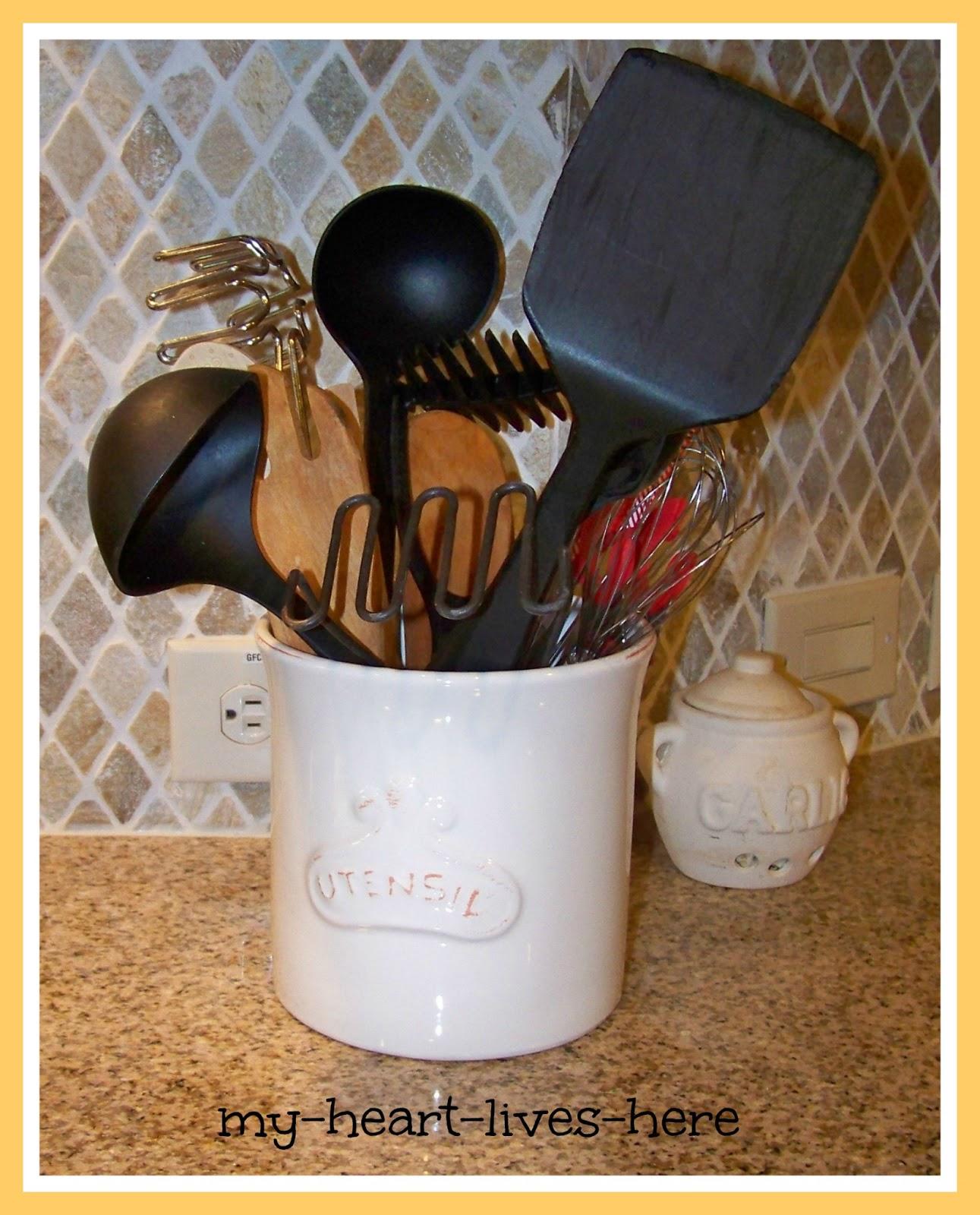 Country Kitchen Utensil Holder