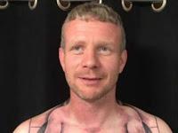 Tato Pria Ini Bikin Kita Geleng-geleng Kepala Saat Melihatnya
