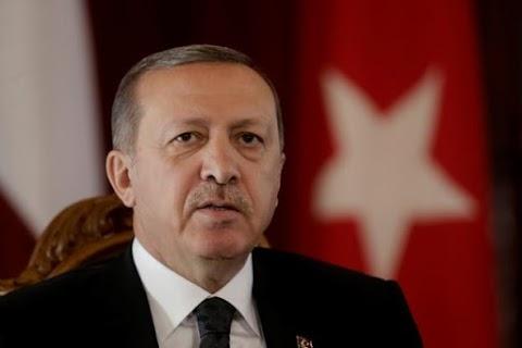 Ο Ερντογάν «τελειώνει» τη συμφωνία με την ΕΕ για το προσφυγικό - Ανακαλούνται οι Τούρκοι αξιωματούχοι από τα ελληνικά νησιά