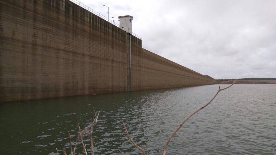 Resultado de imagem para barragem apodi