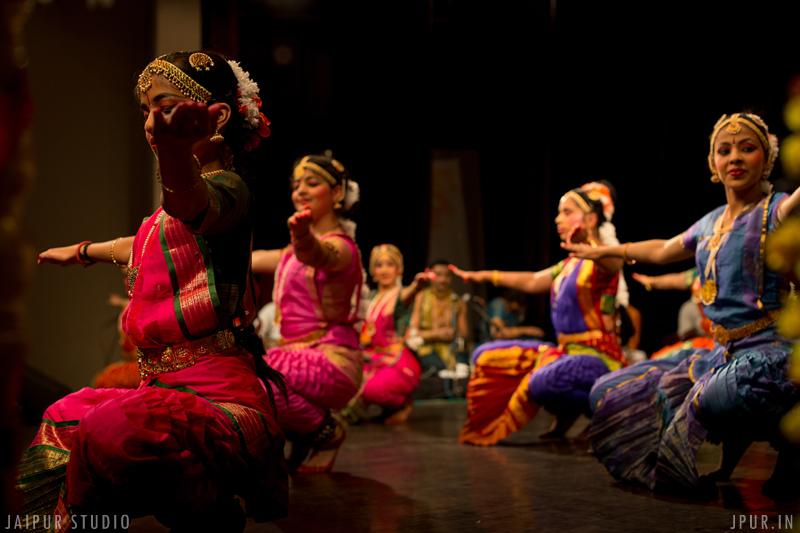 Bharatnatyam recital entitled 'Nritpriya'.