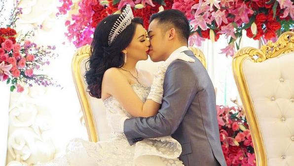 Usia Pernikahan Baru Beberapa Bulan, Kezia Karamoy Dikabarkan Sudah Melahirkan?