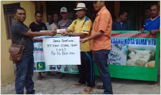 PT. KMK Global bantu korban banjir bandang Bima