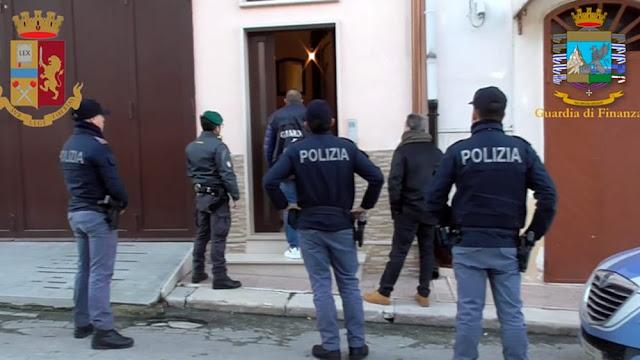 """Ai fratelli """"Baffino"""", vicini al clan Romito, la raffica dei sequestri dei beni messa a segno dalla Polizia e dal G.I.C.O. della GdF [VIDEO]"""