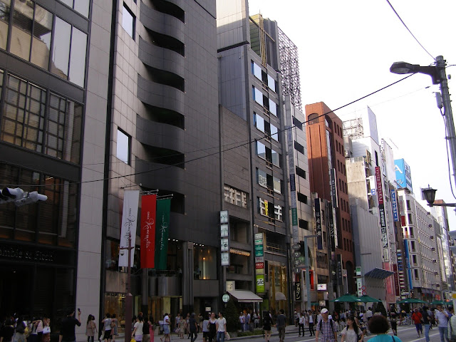 Saturday shopping around Ginza