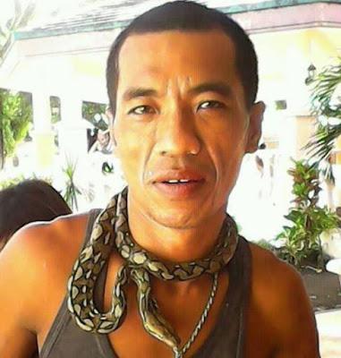 KING COBRA  FILIPINA MATI SELEPAS MINUM DARAH ULAR BERACUN
