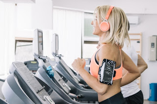 Guide To Safe Sport Use The Treadmill To Avoid Injury