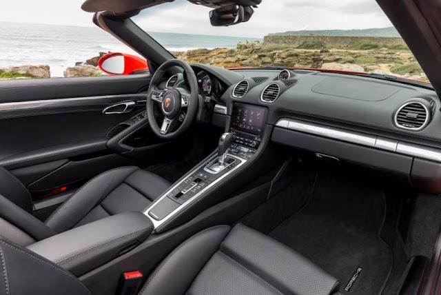 2017 Porsche 718 Boxster S PDK Automatic Interior