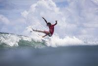 2 Miguel Blanco 2018 Martinique Surf Pro foto WSL Damien Poullenot