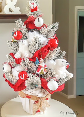 How to decorate a Coca-Cola themed Christmas tree | diy beautify