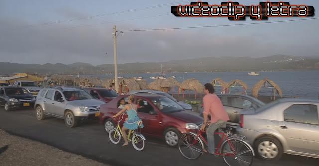 Carlos Vives feat Shakira - La bicicleta