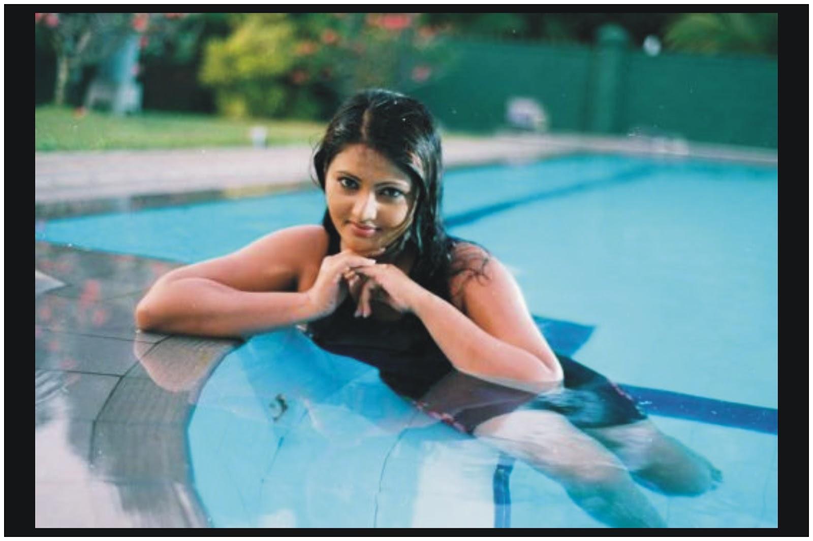 Thanuja Weerasooriya Nude Photos 5