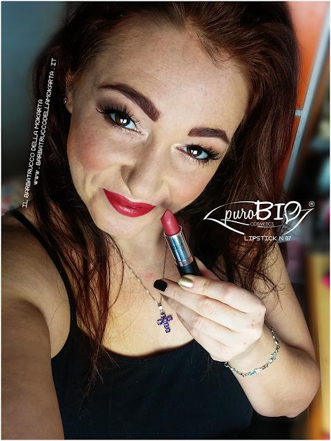 applicazione makeup , matita n 40, lipstick n 07 ,  rossetti purobio , lipstick, vegan makeup, bio makeup