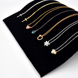 https://lebijoulb.patternbyetsy.com/shop/19206049/necklaces
