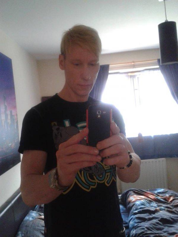escort ukraina shemale wiki com gay