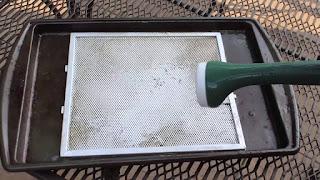 Hướng dẫn quy trình vệ sinh chuẩn nhất cho máy hút mùi Faster