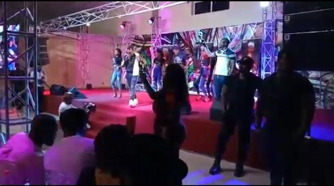 "Photos Of Nifty Boi's Performance at ""Crack Ya Ribs"" Held in Kaduna"