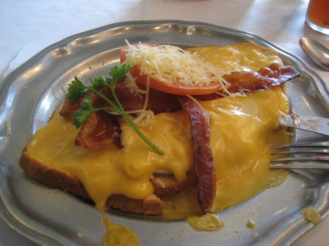 Traditional Derby Fare -- the Kentucky Hot Brown -- from the Brown Hotel at 31Daily.com