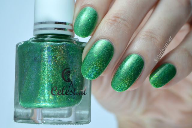 celestial cosmetics valyrio collection kirimvos swatch green flakies