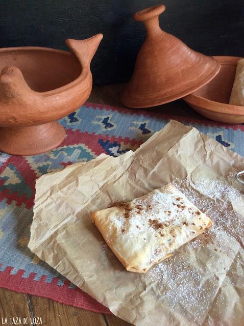 pastel-relleno-de-pollo-dátiles-almendras