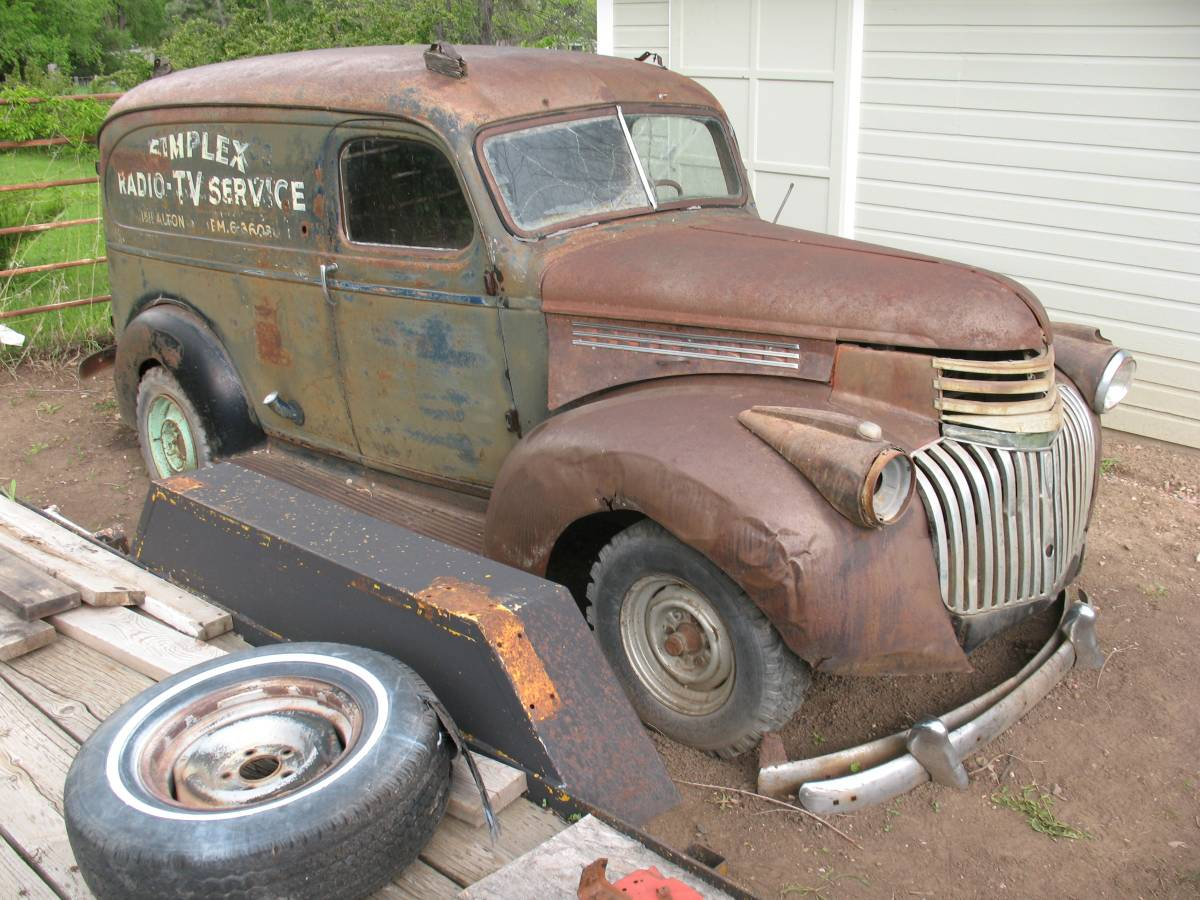 Nostalgia on Wheels: 1946 Chevrolet 1/2 Ton Panel Truck