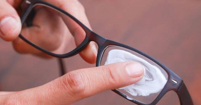 Cara Membersihkan Kaca Mata yang Benar, Agar Tak Merusak Lensa