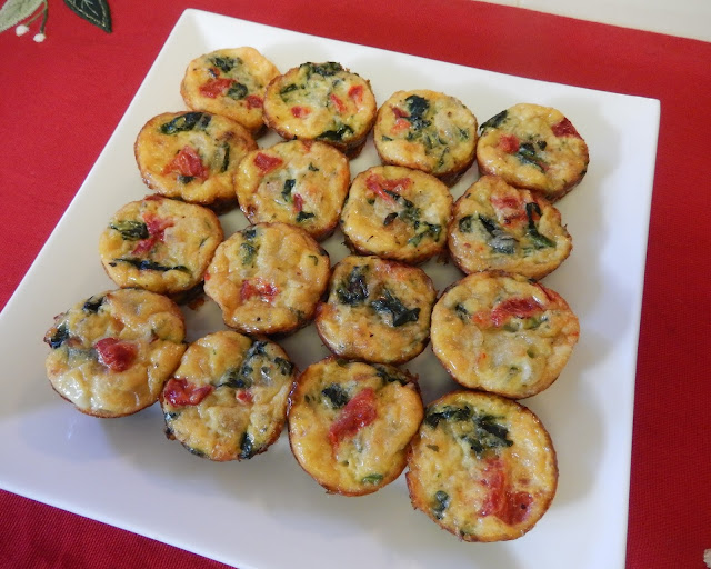Christmas%2BEgg%2BBite%2BCrustless%2BQuiches Weight Loss Recipes Healthy and Easy Holiday Party Recipes